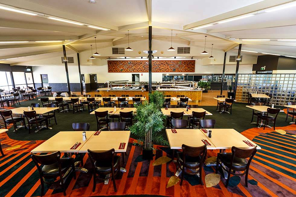 Kings Canyon dining options - Carmichael's Restaurant