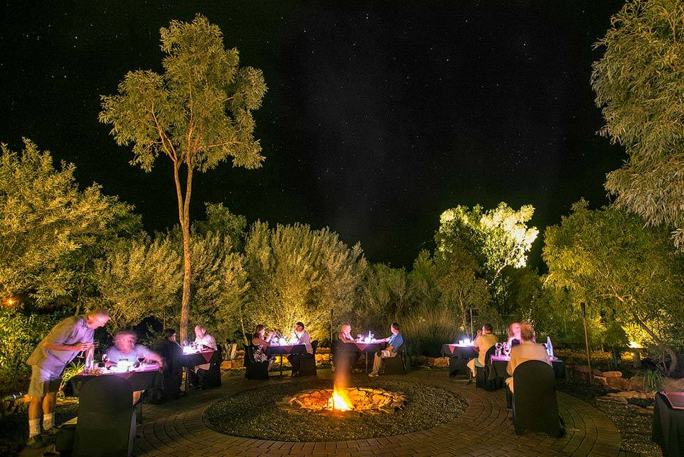 Kings Canyon Resort dining Under a Desert Moon