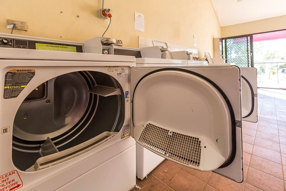 Kings Canyon camping facilities include washing machines